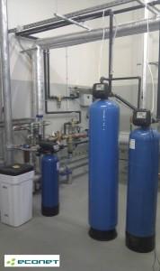 Filtracja mechaniczna, węglowa, dezynfekcja UV - doczyszczanie wody wodociągowej