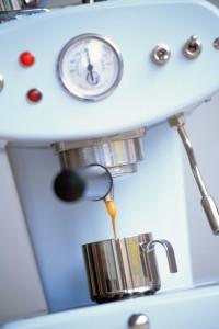 Twarda woda niszczy ekspres do kawy, czajnik - woda zmiękczona jest smaczna i nie niszczy urządzeń